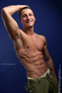 Fit Young Men: Kris O'Neil