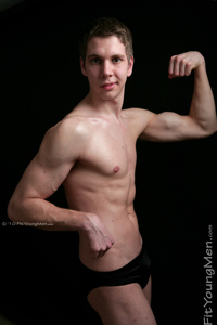 Fit Young Men Model Aaron Read Naked Body Builder