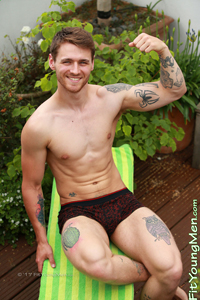Fit Young Men Model Travis Clemence Naked Personal Trainer