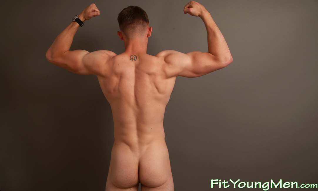 Real male athletes nude 2