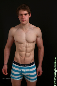 Fit Young Men Model Sean Maxton Naked Power Lifter